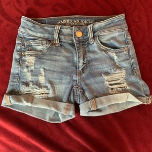 Woman's American Eagle shorts